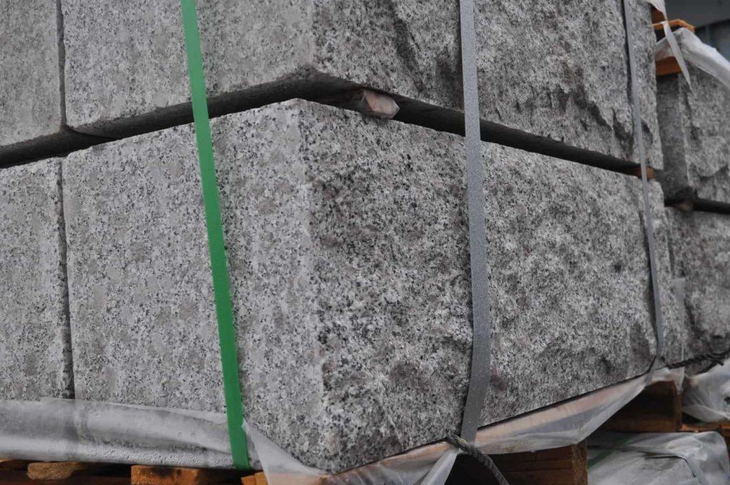 Granittblokk 30x30cm